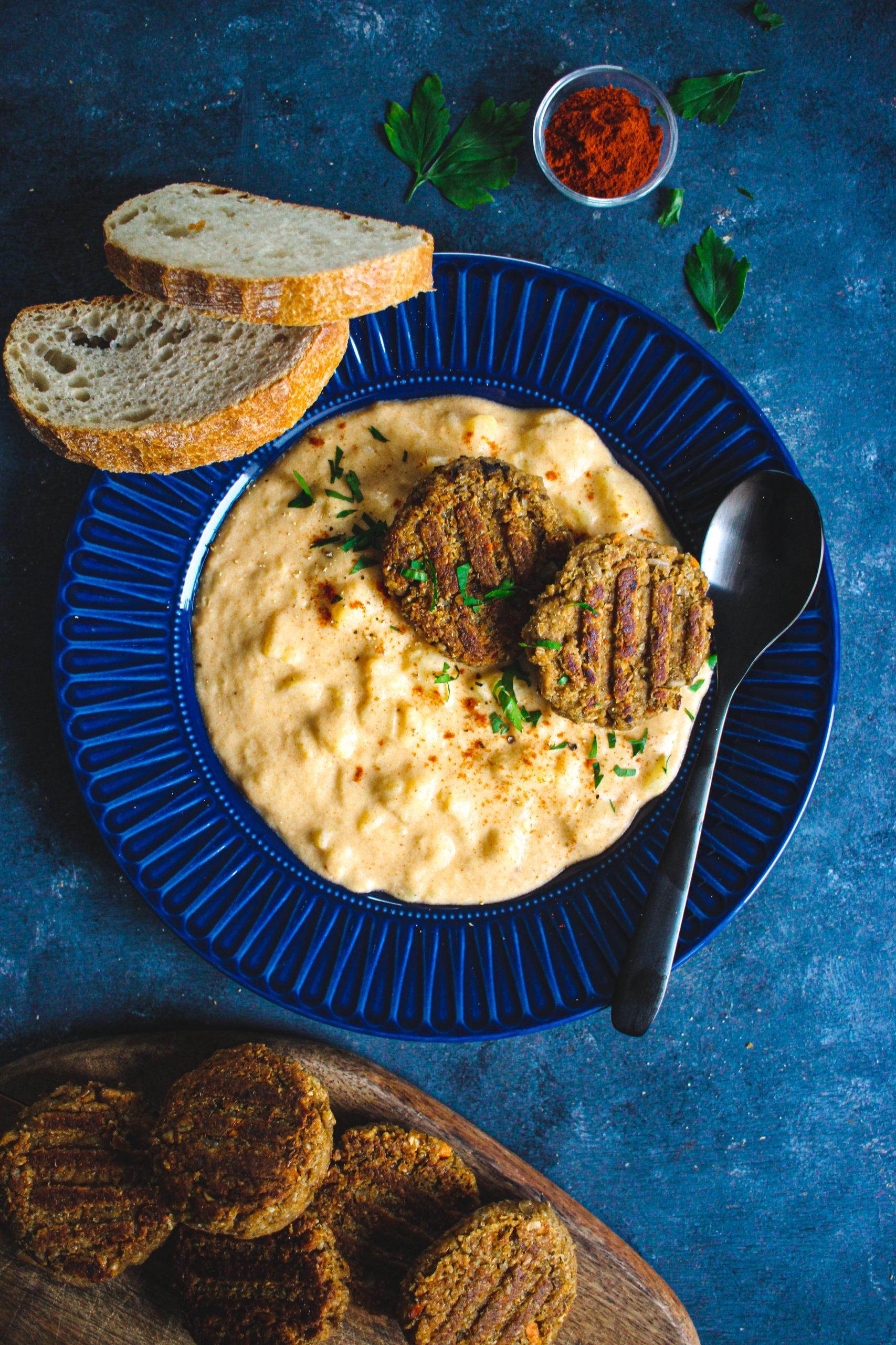 Vegan zemiakový prívarok s fašírkami
